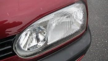 Limpiar los faros del coche acetona